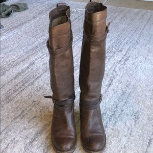 Brown leather Frye boots!